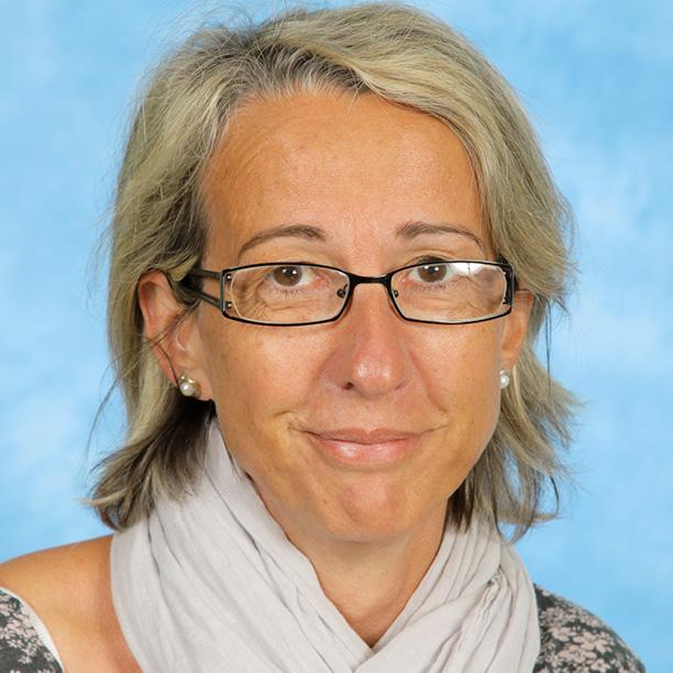 marie-noelle-amisse-secretariat-eleves-groupe-scolaire-sainte-therese-saint-nazaire